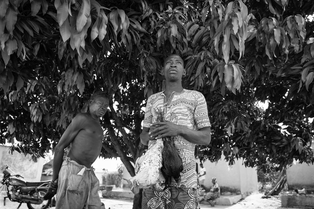Sous un arbre sacré, Togo 2016